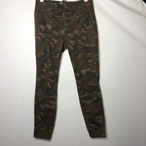 Anthropologie for Anthropologie camo Pants 28 C6